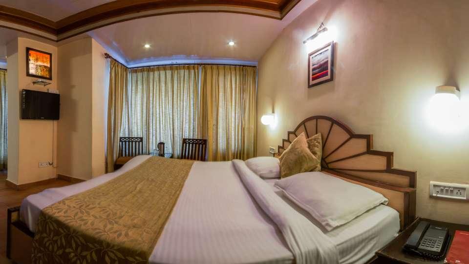 Hotel Himalaya, Nainital Nainital Deluxe Lake Facing Room Hotel Himalaya Nainital 2