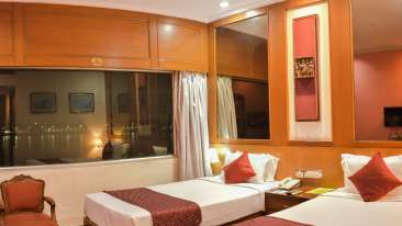 Rooms at Floatel, Kolkata