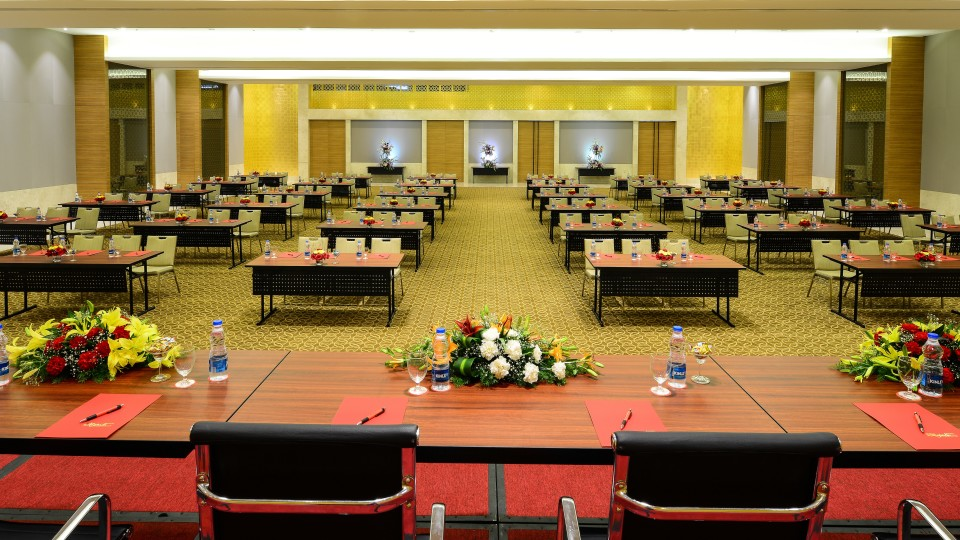 Convention Hall Hotel Daspalla Hyderabad 3