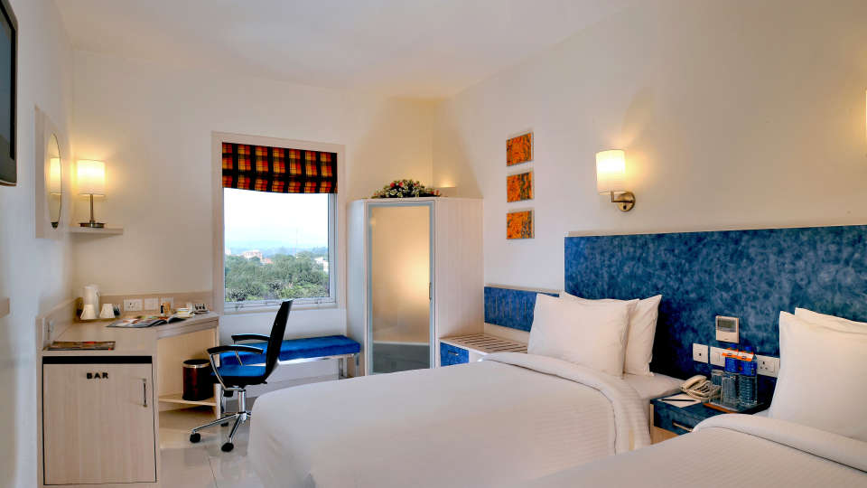 Superior twin Rooms Hometel Chandigarh 1, rooms in chandigarh