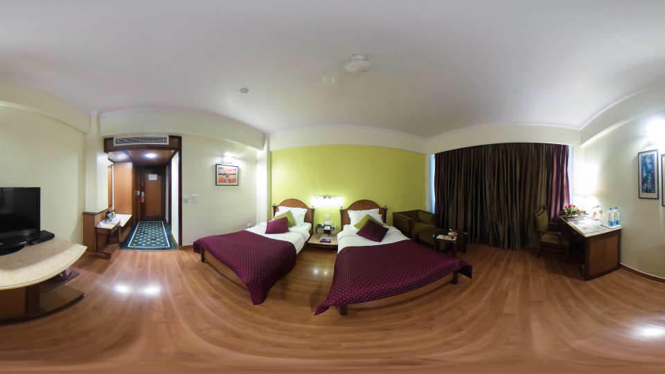 360 degree view5, The Piccadily Luxury Hotel in Lucknow