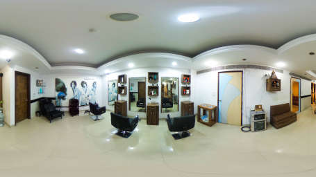 Salon in Lucknow, The Piccadily, Hotel near Hazratganj 6