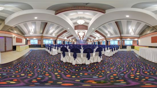 The Versailles Banquet Hall at The Renai Cochin