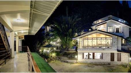 Facade at Summit Norling Resort 9