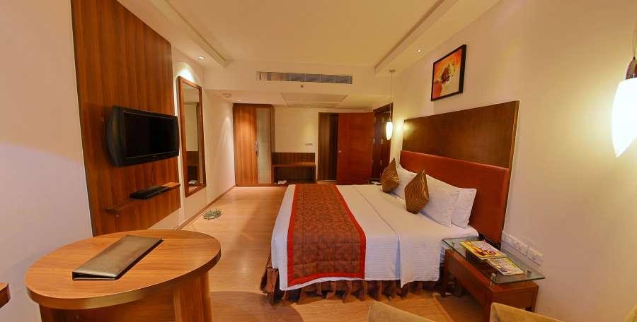 alt-text executive suites, suites in coimbatore, hotel gokulam park
