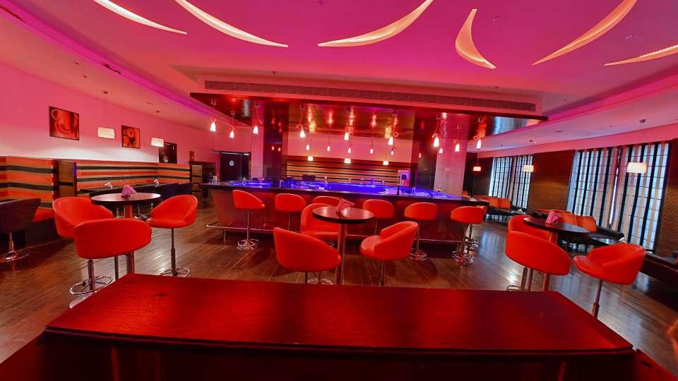 bar, hotel gokulam park, hotel near coimbatore hotel12
