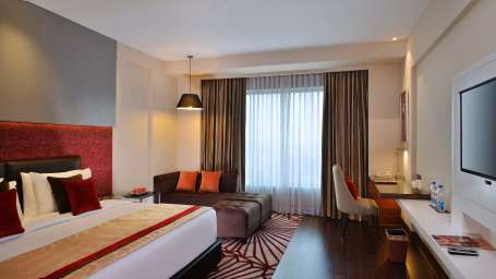 Studio Rooms Crystal Sarovar Premiere Agra 1