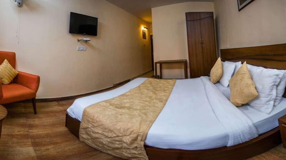 Hotel Himalaya, Nainital Nainital Standard Room Hotel Himalaya Nainital 2