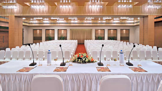Conference Hall at Hometel Chandigarh, banquet halls in chandigarh  1