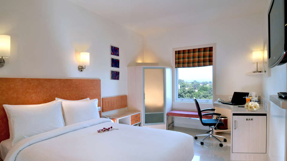 Superior Rooms at Hometel Chandigarh, best rooms in chandigarh 2