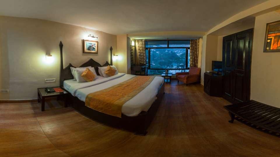 Hotel Himalaya, Nainital Nainital Deluxe Lake Facing Room Hotel Himalaya Nainital 3