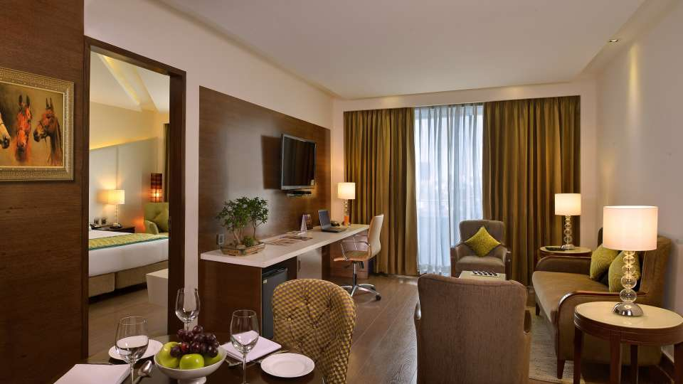 Suites in lucknow, Golden Tulip, hotels in Lucknow