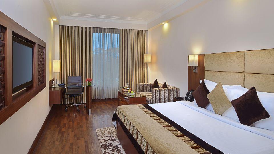 Rooms at The Bristol Hotel, Gurgaon, 5-star hotel in Gurgaon
