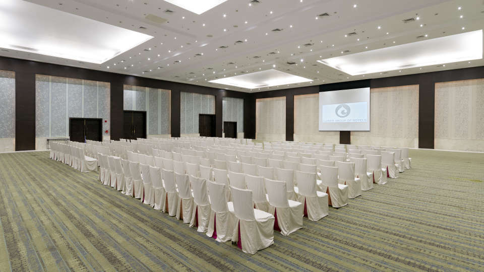 Clarks Brij Convention Center Meetings and Events at Clarks Amer- 5 Star Hotel in Jaipur