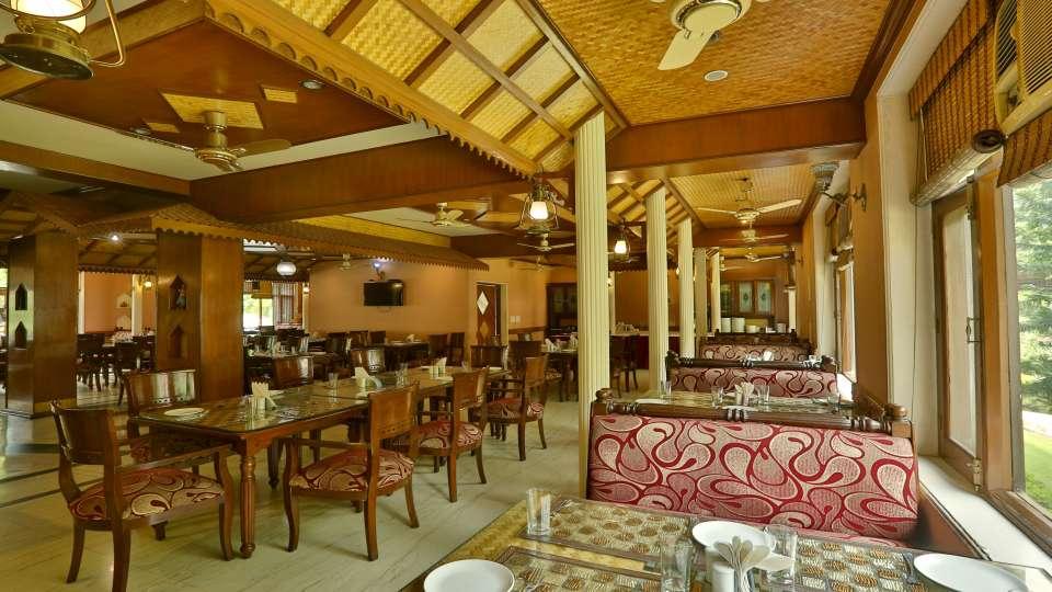 Restaurant at Hotel Vasundhara Palace Rishikesh 1