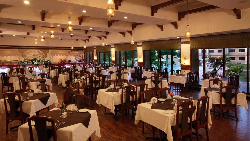 Hotel Clarks, Khajuraho Khajuraho Darpan Restaurant Hotel Clarks Khajuraho