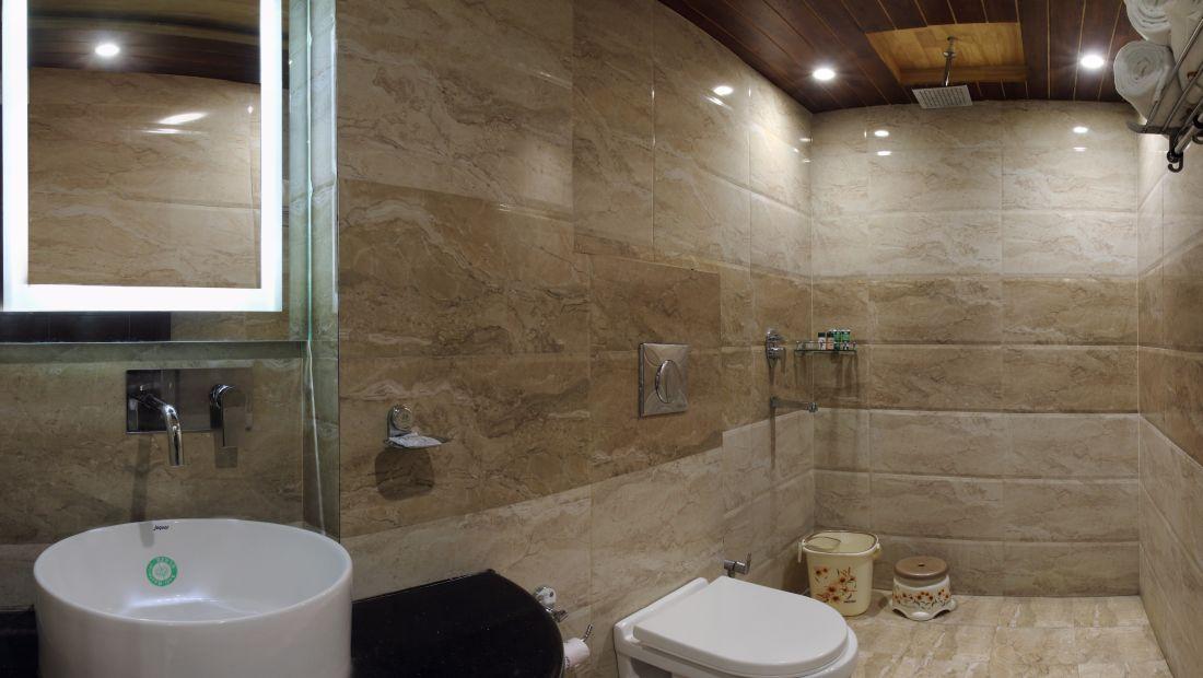 Hotel Hari Piorko - Paharganj, New Delhi New Delhi Wash Room Hari Piorko Paharganj New Delhi 16