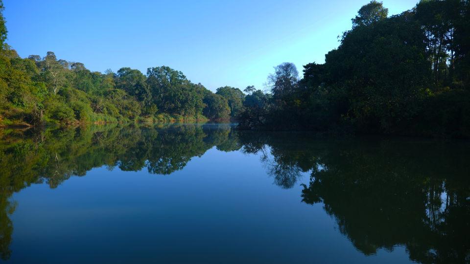 kadkani river side view