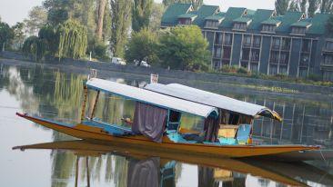 shikara-boat-593002