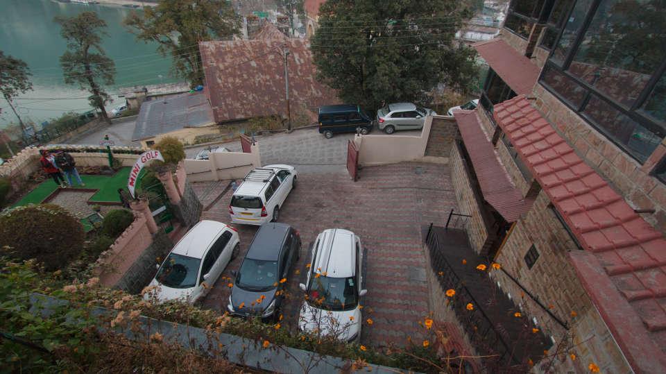 Hotel Himalaya, Nainital Nainital Parking Hotel Himalaya Nainital