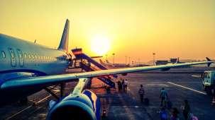 aeroplane-aircraft-aircraft-wing-723240 1