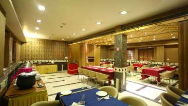 Emblem Hotel, Sector 14, Gurgaon Gurgaon Restaurant Emblem Hotel Sector 14 Gurgaon