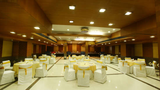 Emblem Hotel, Sector 14, Gurgaon Gurgaon PAA 5206