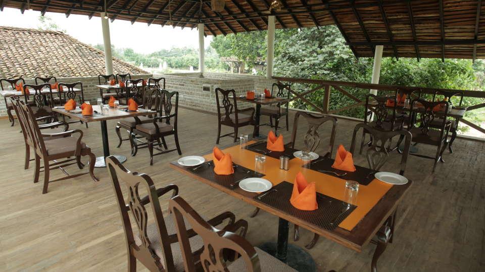 Restaurant in Panna 4, Riverview, Tendu Leaf Jungle Resort