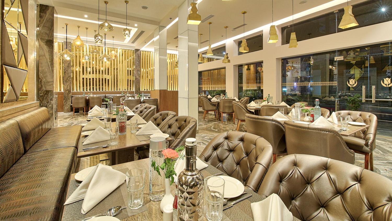Places to eat in Jaipur -1, Best restaurant in Jaipur-2, Golden Tulip Essential, Jaipur
