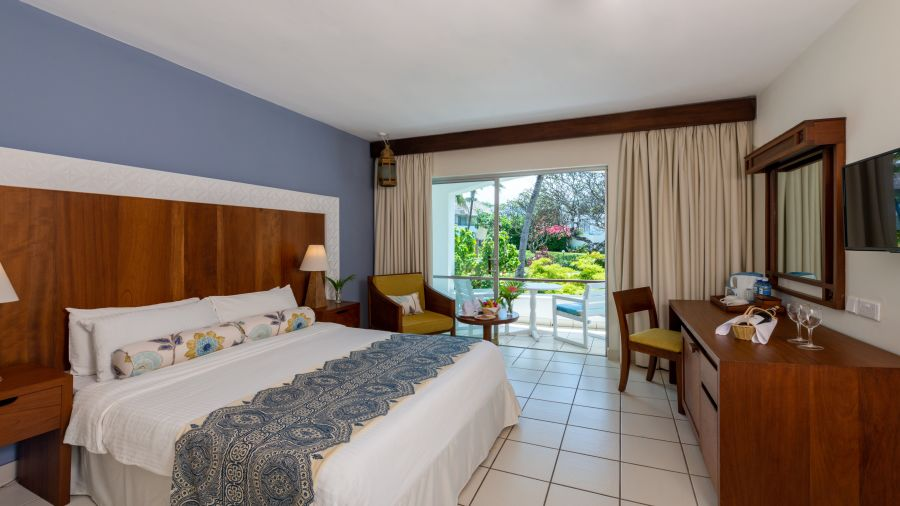 Rooms at Leisure Lodge Beach and Golf Resort 13