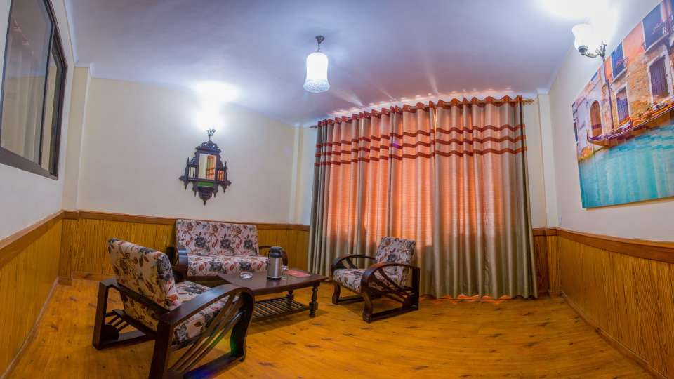 Suites in nainital, garden facing heritage suite, The pavilion Hotel 11