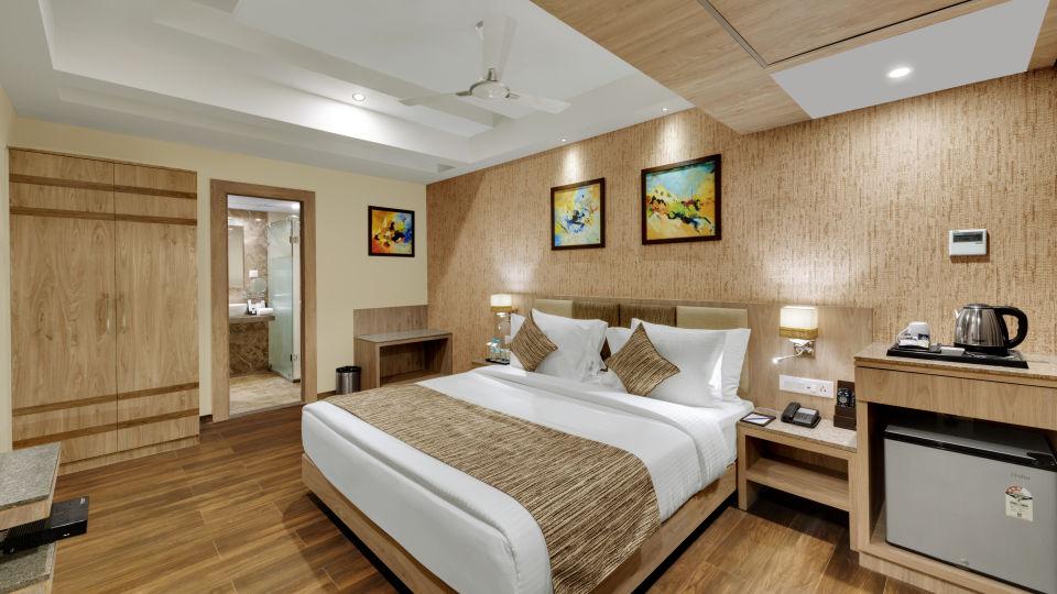 Suite at Anaya Beacon Hotel in Jamnagar 3