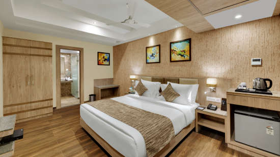 Suite at Anaya Beacon Hotel in Jamnagar 3