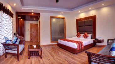 Deluxe Rooms Summit Chandertal Regency Hotel Spa Manali Hotels in Manali