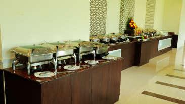 Restaurant at Gokulam Park Munnar, restaurant in munnar 7
