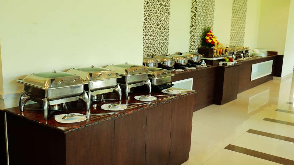 Oottupura Restaurant 3, Gokulam Park Munnar, Restaurant in Munnar