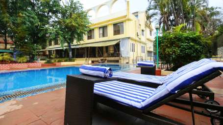 Swimming Pool Zara s Resort Khandala Hotels near Lonavla Railway Station 9