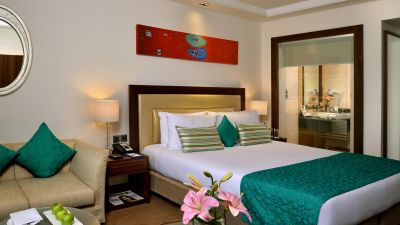 Rooms in Lucknow, Golden Tulip, Hotel near Charbagh Railway Station