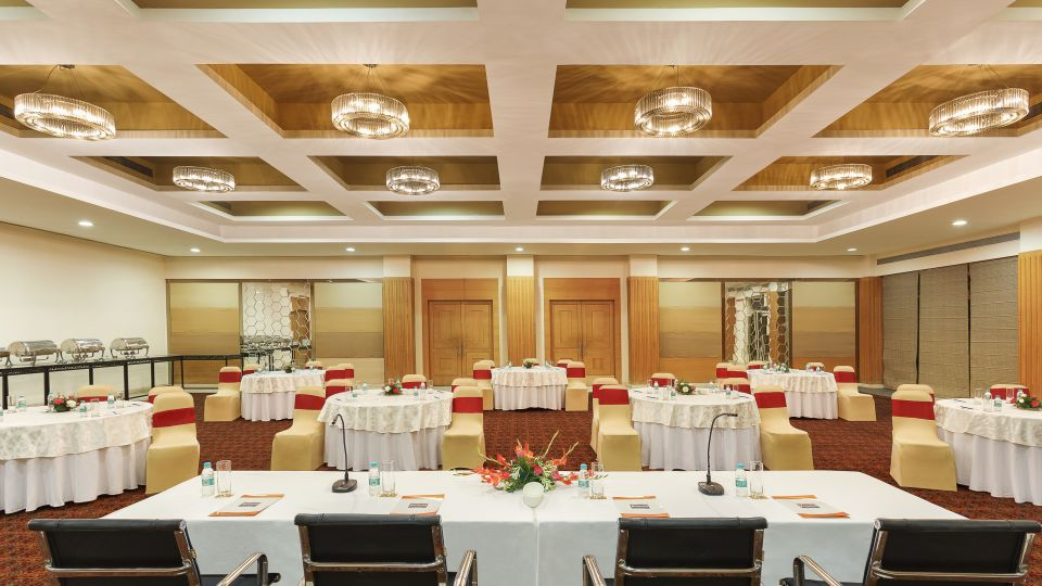Banquet Halls, Hometel Roorkee, Business Hotel in Roorkee 1