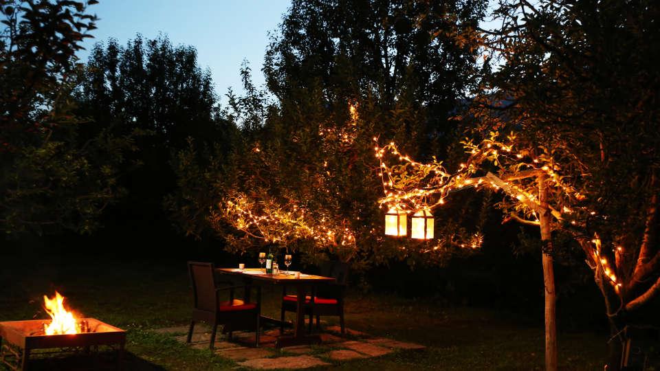 Campfire at Larisa Mountain Resort in Manali - Best Manali Resorts 59