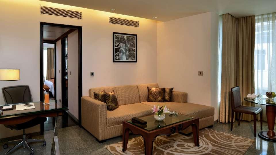 Rooms Sarovar Hotels - Marine Plaza Mumbai 5