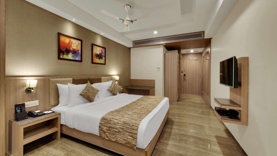 Executive Double Bed at Anaya Beacon Hotel in Jamnagar 2