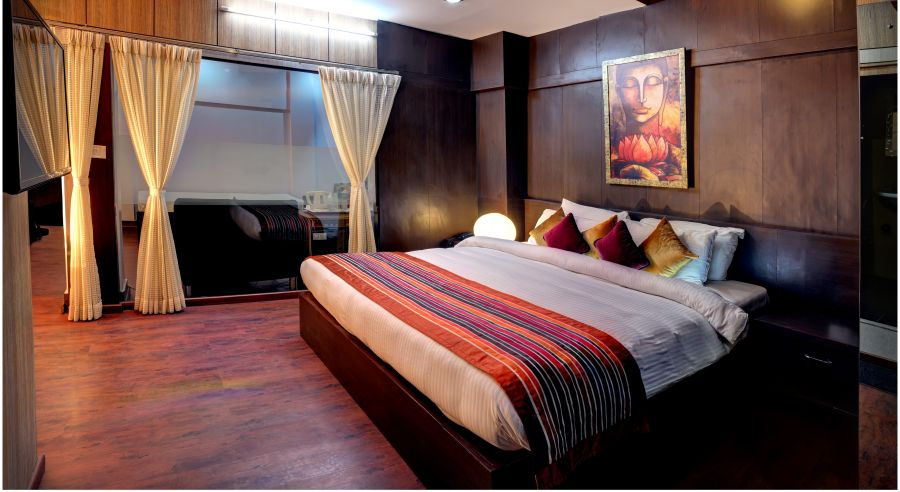 alt-text Suite room at Mount Embassy Hotel in Siliguri