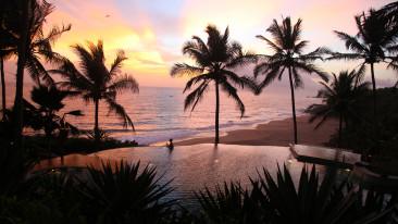 Beach at Niraamaya Retreats Surya Samudra, Kovalam Resorts 2