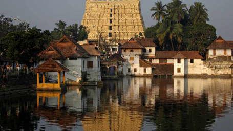 SreePadmanabhaSwamy Temple Biverah Hotel Suites Trivandrum Thiruvanthapuram