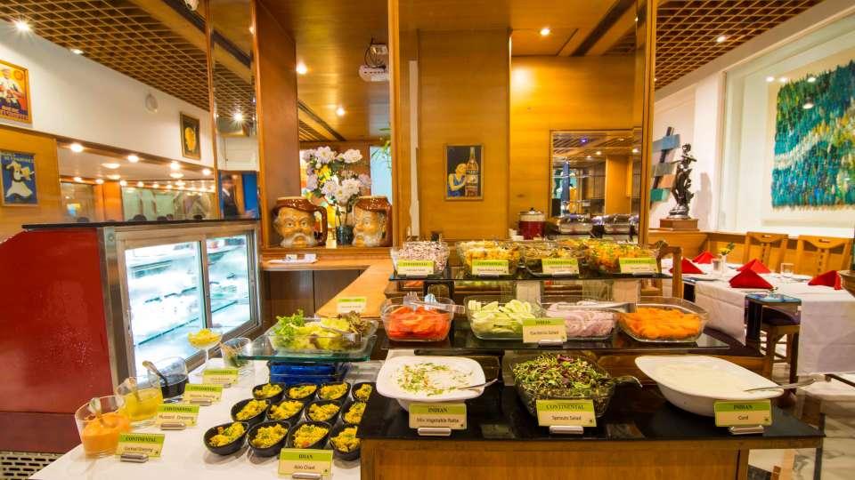 Flavors Restaurant  Cafe5, The Ambassador hotel Mumbai, Restaurant near Marine drive 513