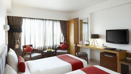 Deluxe Rooms at Suba International Mumbai Best hotel rooms near Gateway of India 1