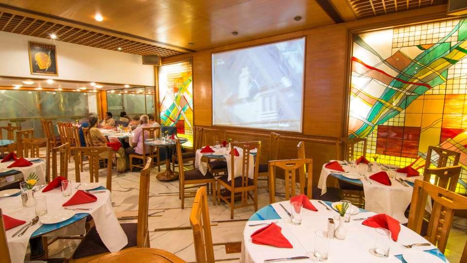 Flavors Restaurant  Cafe5, The Ambassador hotel Mumbai, Restaurant near Marine drive