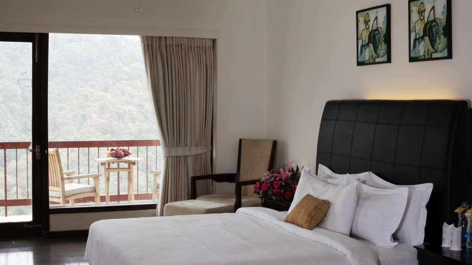 Moksha Himalaya Spa Resort, Chandigarh Chandigarh Moksha Suite Moksha Himalaya Spa Resort Chandigarh 25