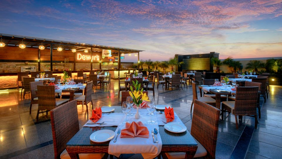 Fizz Restaurant at Crystal Sarovar Premiere Agra Best Hotels in Agra